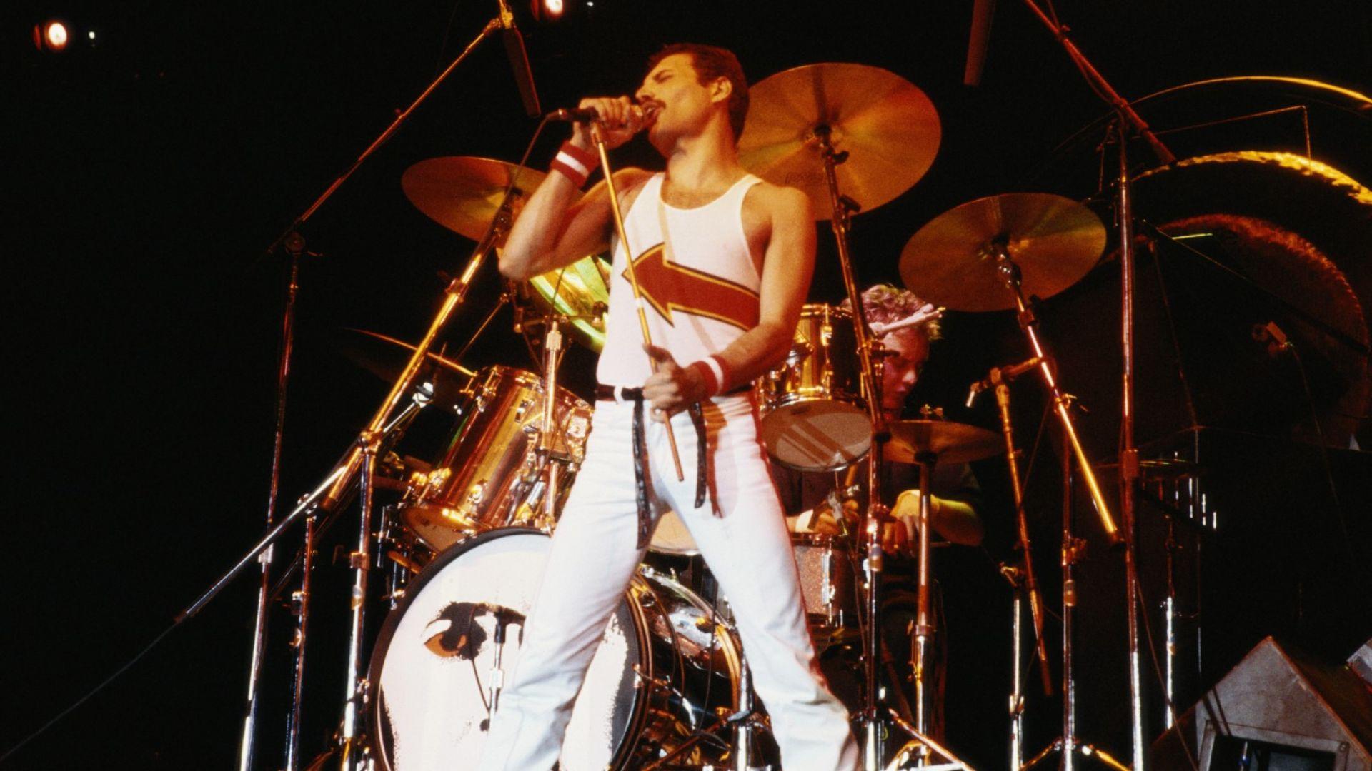 Изпълнението на Queen на Live Aid: най-знаковият фест момент