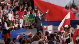 Анджей Дуда води след първия тур на президентските избори в Полша
