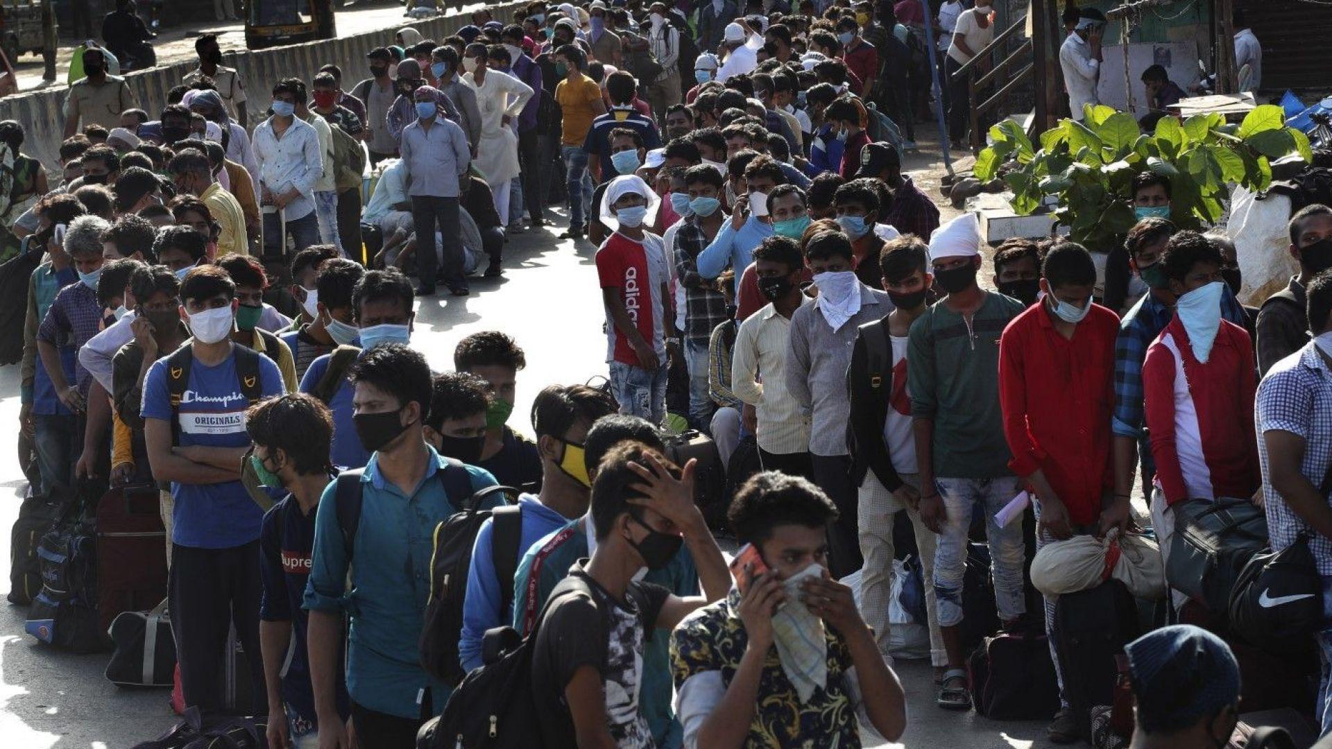 Индия забрани 59 китайски мобилни приложения
