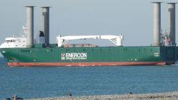Германски кораб, който щади природата, е на ремонт във Варна