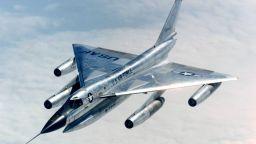 Какво знаем за първия свръхзвуков бомбардировач (снимки)