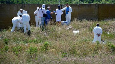 Над 120 тона станаха незаконно загробените отпадъци край Червен бряг