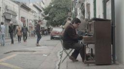"""Единствена прожекция на """"Соло"""" - филм за борбата да черпиш сили от собствената си слабост"""