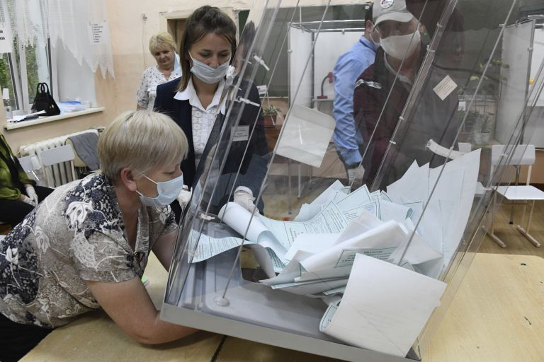 Подготовка за броене на бюлетините в  източносибирския град Чита