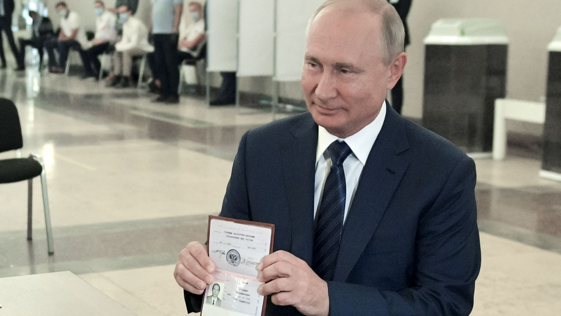 Над 70% от руснаците подкрепиха конституционните промени и дадоха още власт на Владимир Путин