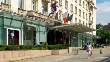 """Бившият хотел """"Шератон"""" вече е с нов мажоритарен собственик"""
