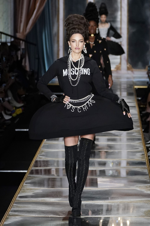 Черното е предпочитано от много дизайнери