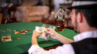 6 знаменитости, които обожават да играят покер
