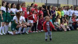 Дами играят футбол благотворително за онкоболни деца