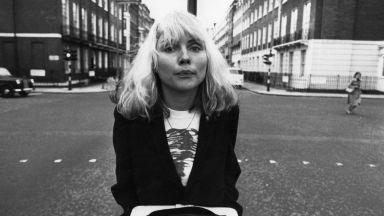 Платиненорусият пънк-рок: Деби Хари на 75