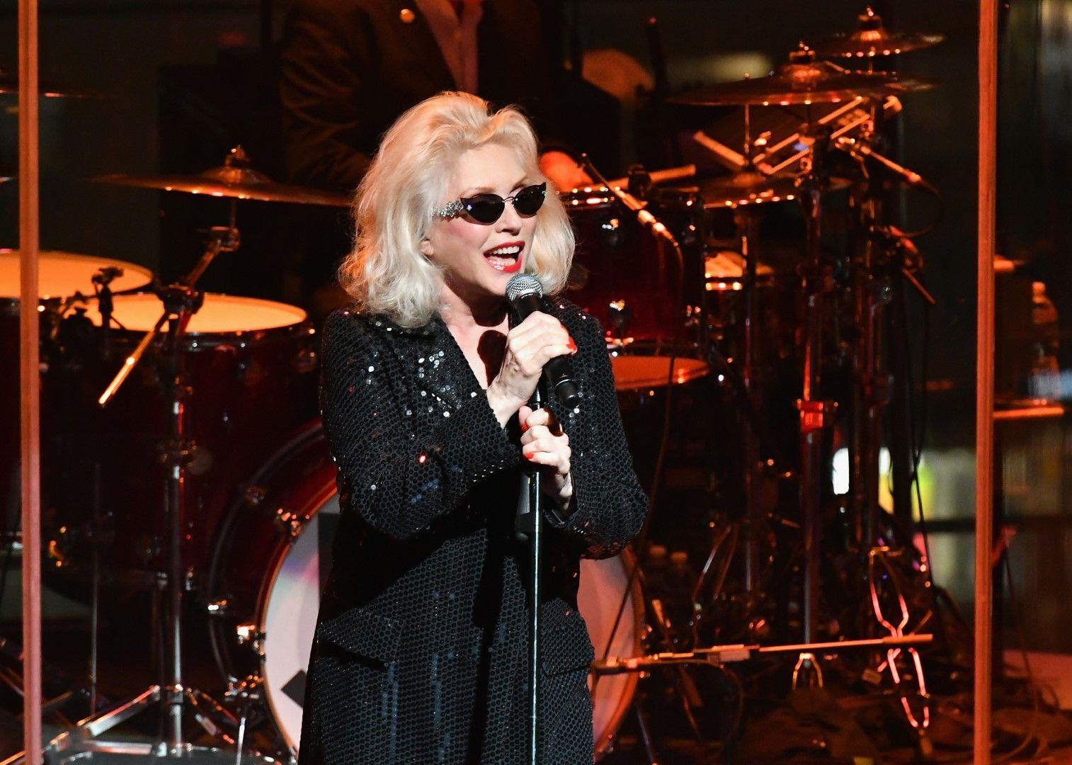 Деби Хари пее в Ню Йорк, 2018 г.