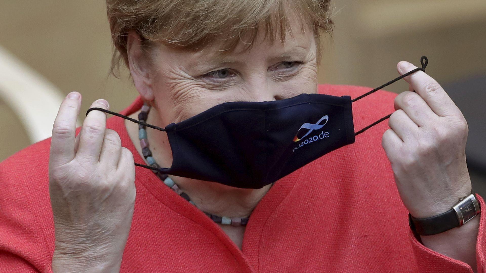 Меркел към германците: Моля ви, останете си вкъщи!