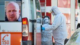Запис с починалия д-р Стамов: Пратиха ни при пациент без защитни облекла, после колеги ми отказаха линейка