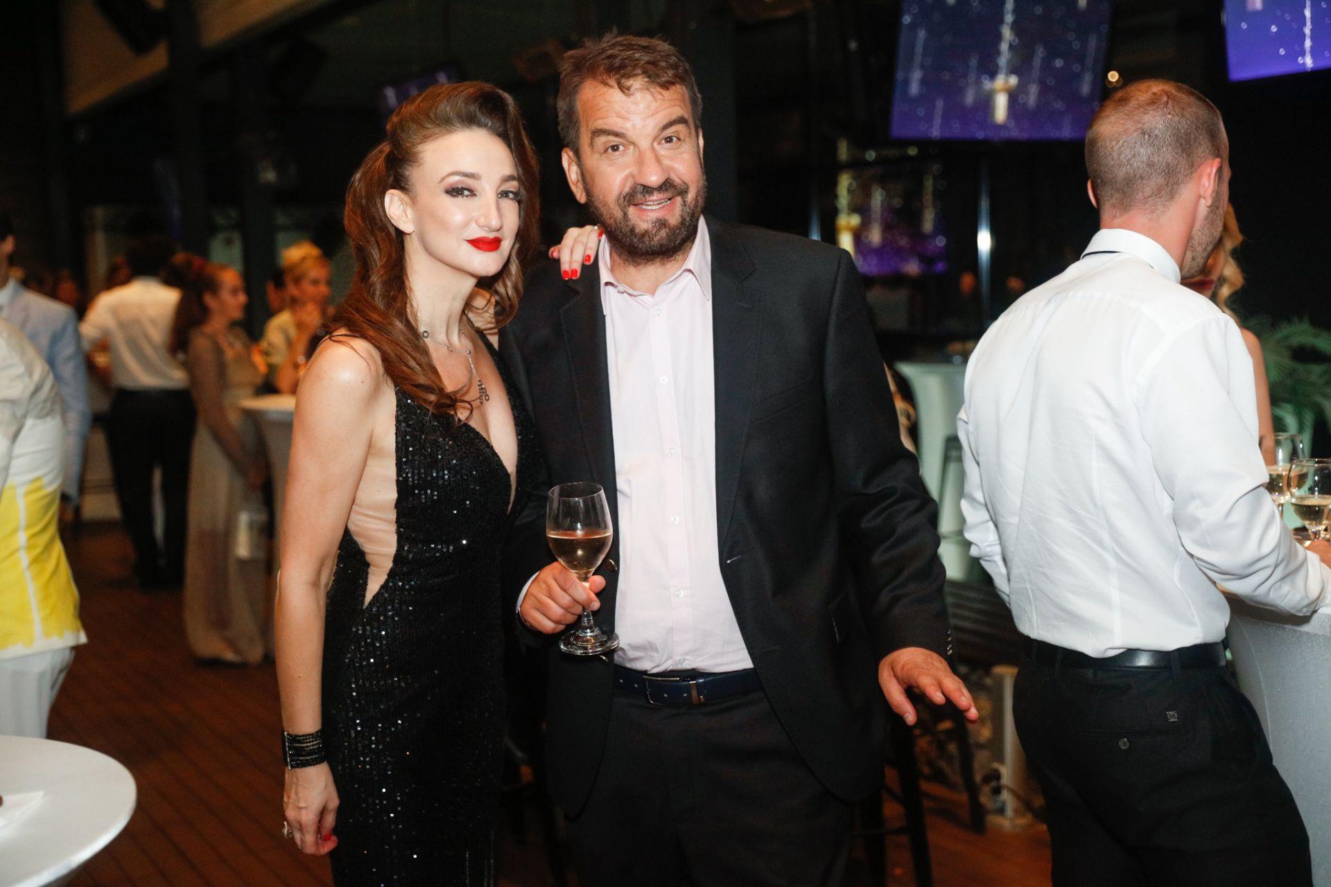 Деси Тенекиджиева и Ники Кънчев