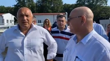 Бойко Борисов и Емил Димитров инспектираха пречиствателната станция в Китен (видео)