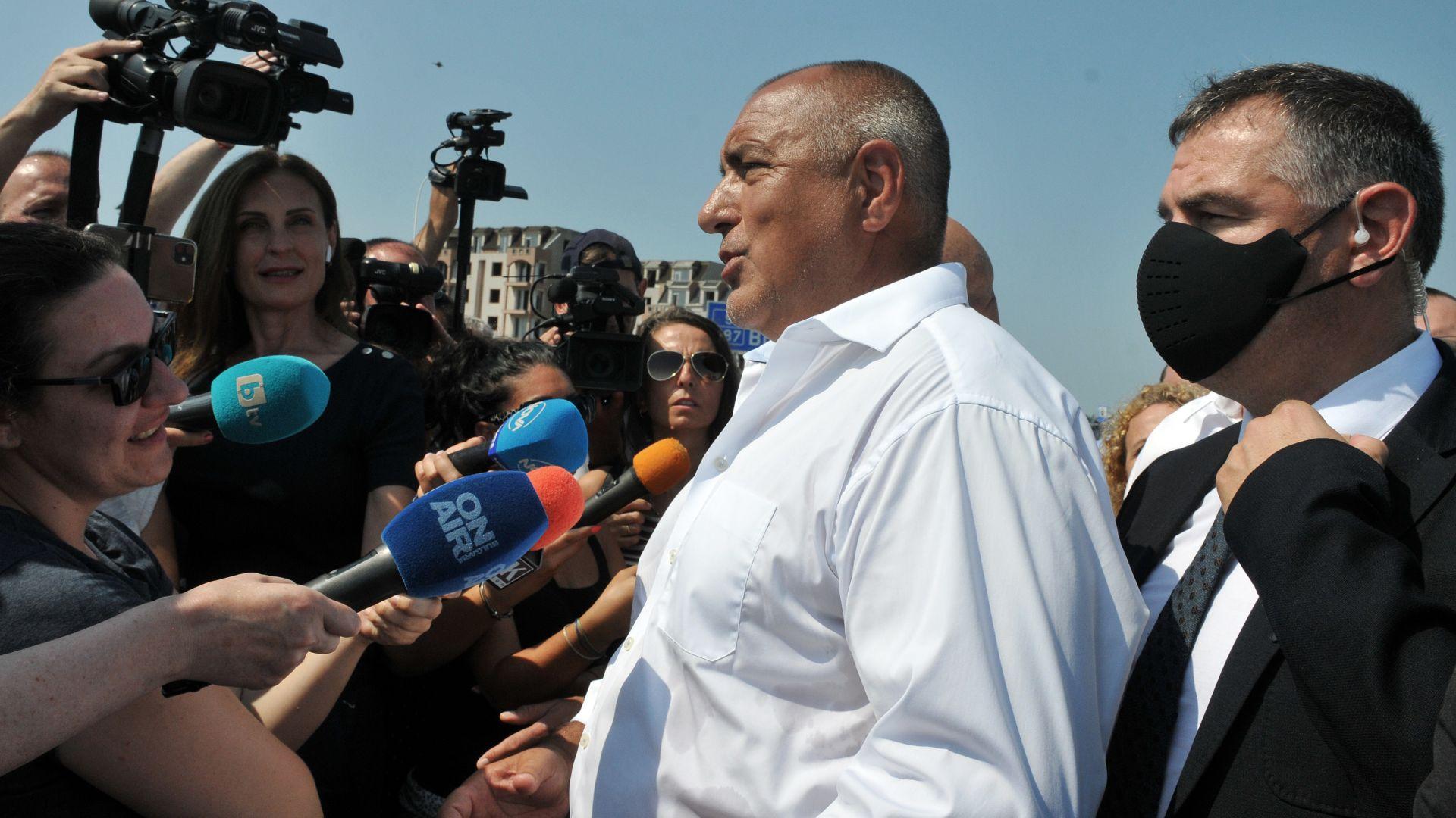 Бойко Борисов: Да ти пращат съдиите актовете си - това е съдебна реформа на Румен Радев