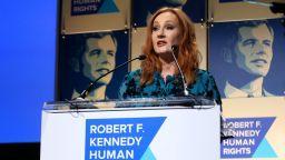 Фенсайтове на Хари Потър оттеглиха подкрепата си за Джоан Роулинг