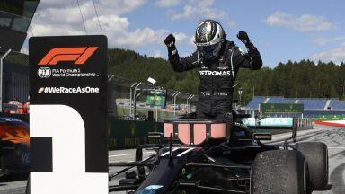Формула 1 се превърна в автоморга, драма и изненади белязаха рестарта