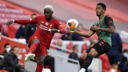 """Българин игра на """"Анфийлд"""", Ливърпул се върна на победния път"""