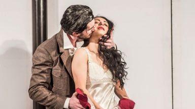 """Елена Петрова в """"Търновската царица"""" на сцената пред Нов театър - НДК"""