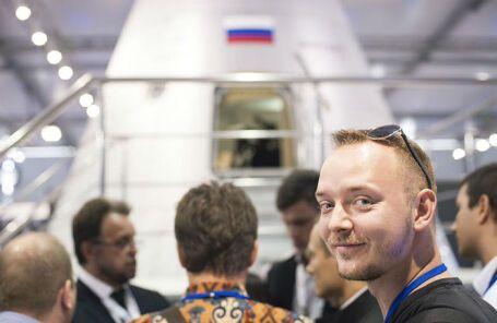 Иван Софронов (вдясно)