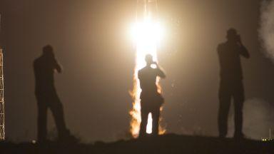 """""""Роскосмос"""" готви ракета, която превъзхожда Falcon 9"""