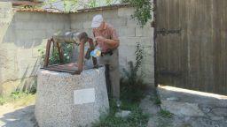 Унизителни условия на живот: Жестоко безводие мори над 3000 души в Шуменско