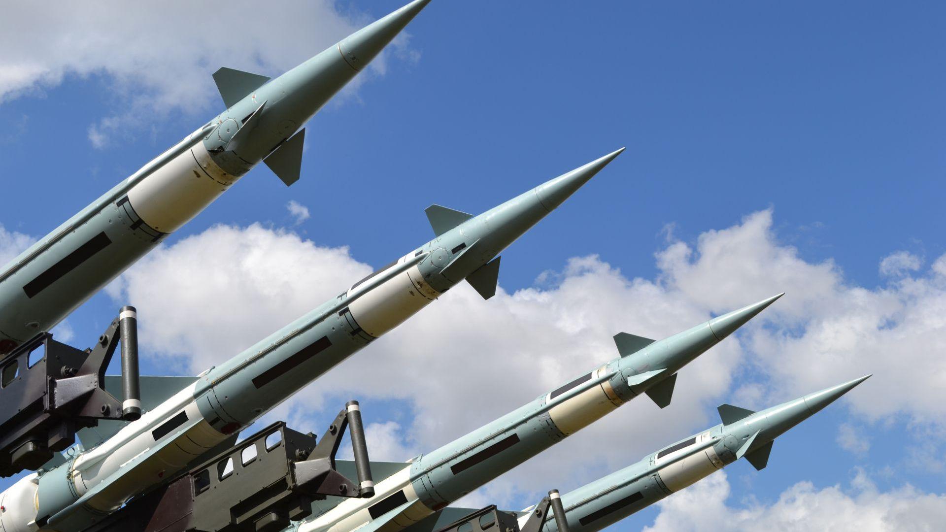 Авторитетен институт с тревога: Увеличават се разгърнатите ядрени бойни глави по света