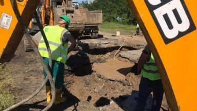 Авария на водопровод променя маршрута на автобуси в София
