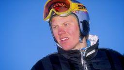 Един от най-изненадващите олимпийски шампиони си отиде на 54 години