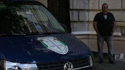 Спецпрокурори претърсват два кабинета в президентството (снимки)