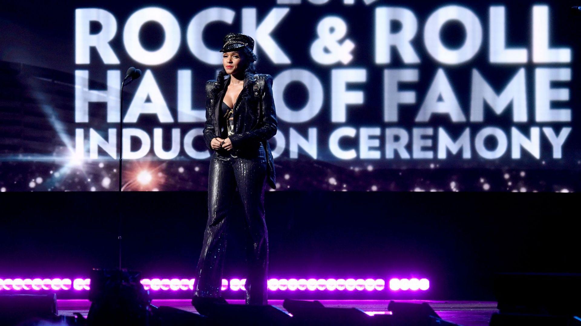 Церемонията за въвеждане в Залата на славата на рокендрола се заменя с предаване по телевизия HBO