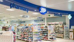 Британските аптеки Бутс закриват 4000 работни места