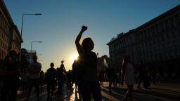 Протестиращи блокираха Орлов мост за час (обновена)