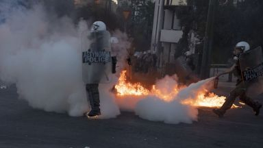 Насилие избухна на демонстрация в Гърция срещу нов закон за протестите