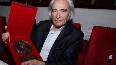 Антон Дончев и Гергина Тончева са първите носители на наградата на името на Иван Вазов
