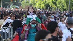 Галъп: 58% искат оставка на правителството, 10% са излезли на протест в София