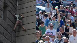 Ден трети: Протестът в снимки (галерия)