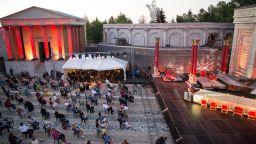 Софийската опера триумфира и на Римския площад в Киноцентъра Бояна (галерия)