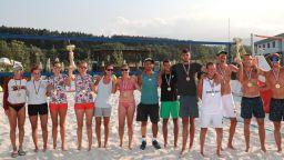 Български и сръбски триумф на плажен волейбол край София