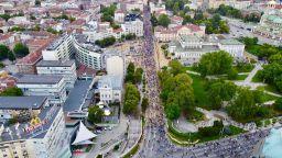 Разкритията за Божков не спряха протеста: За шести пореден ден недоволните са на улицата