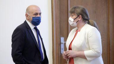 Трима министри за кризата, най-пострадалите и мерките за подкрепа
