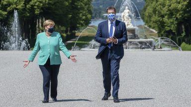 Меркел показва на сцената своя потенциален приемник