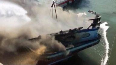 Горят най-малко седем кораба в иранското пристанище Бушехр (видео)