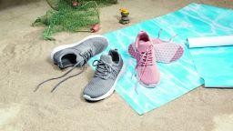 Lidl представя първите си спортни обувки, произведени от 100% рециклирана пластмаса