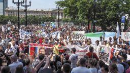 Продължават масовите протести в Хабаровск срещу ареста на губернатора Фургал