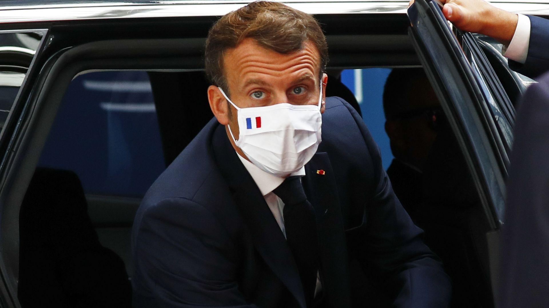 Макрон ядосан на Курц заради телефонен разговор на срещата на ЕС