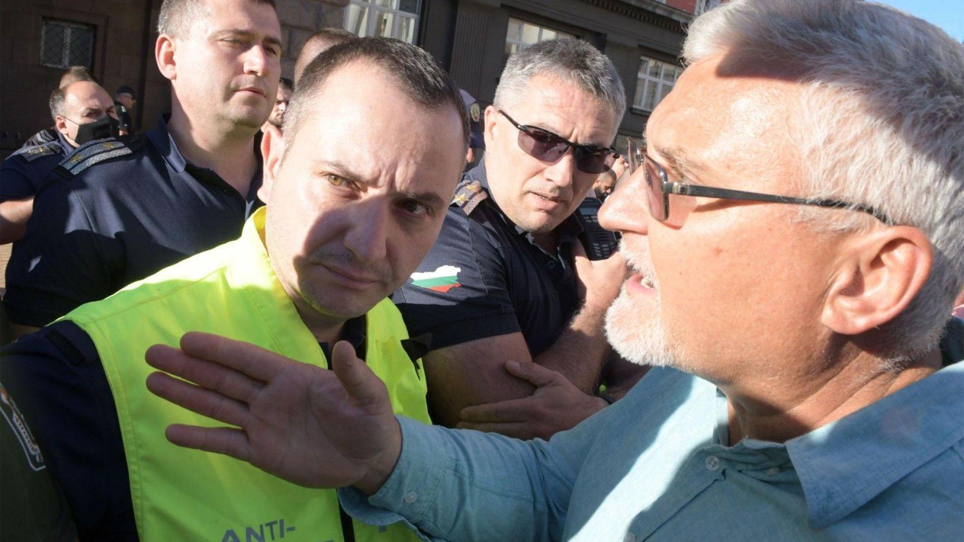 Пуснаха Минчо Спасов, обвиниха го в хулиганство