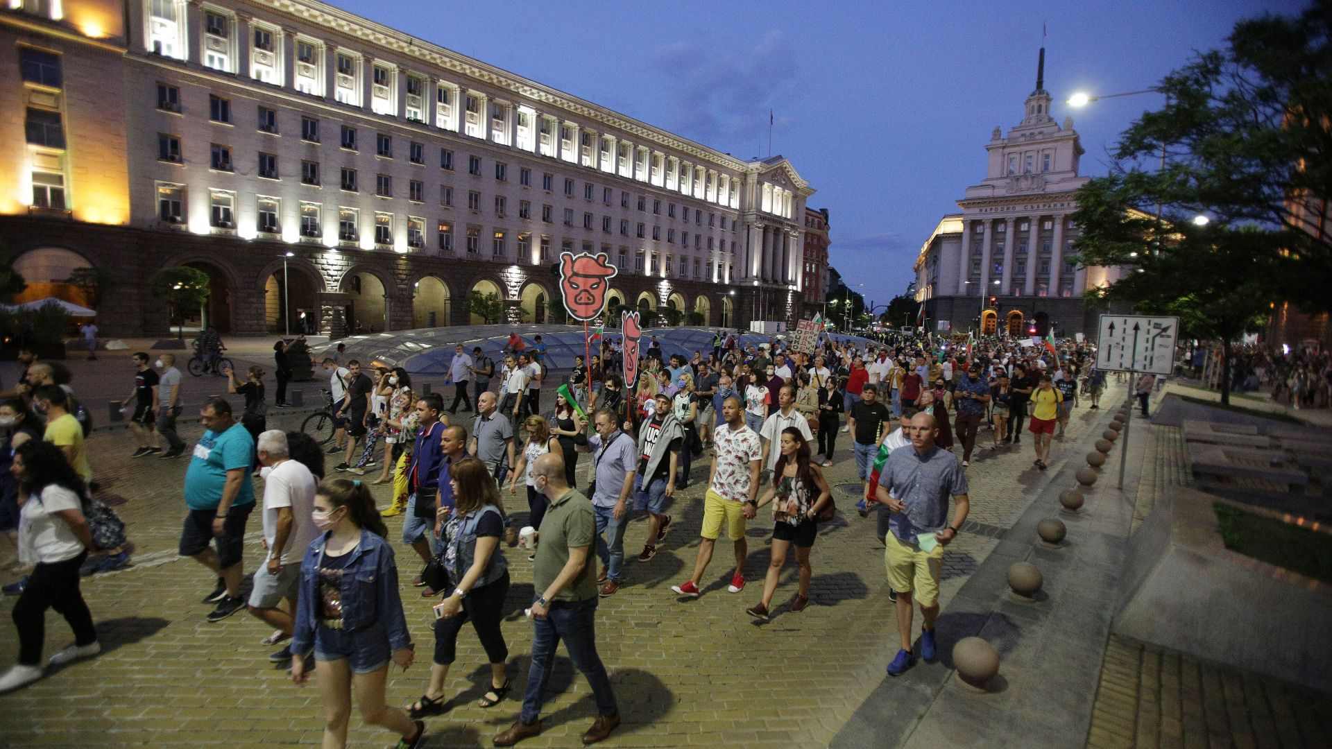 Кънчо Стойчев: Около 400 000 души са участвали в протестите