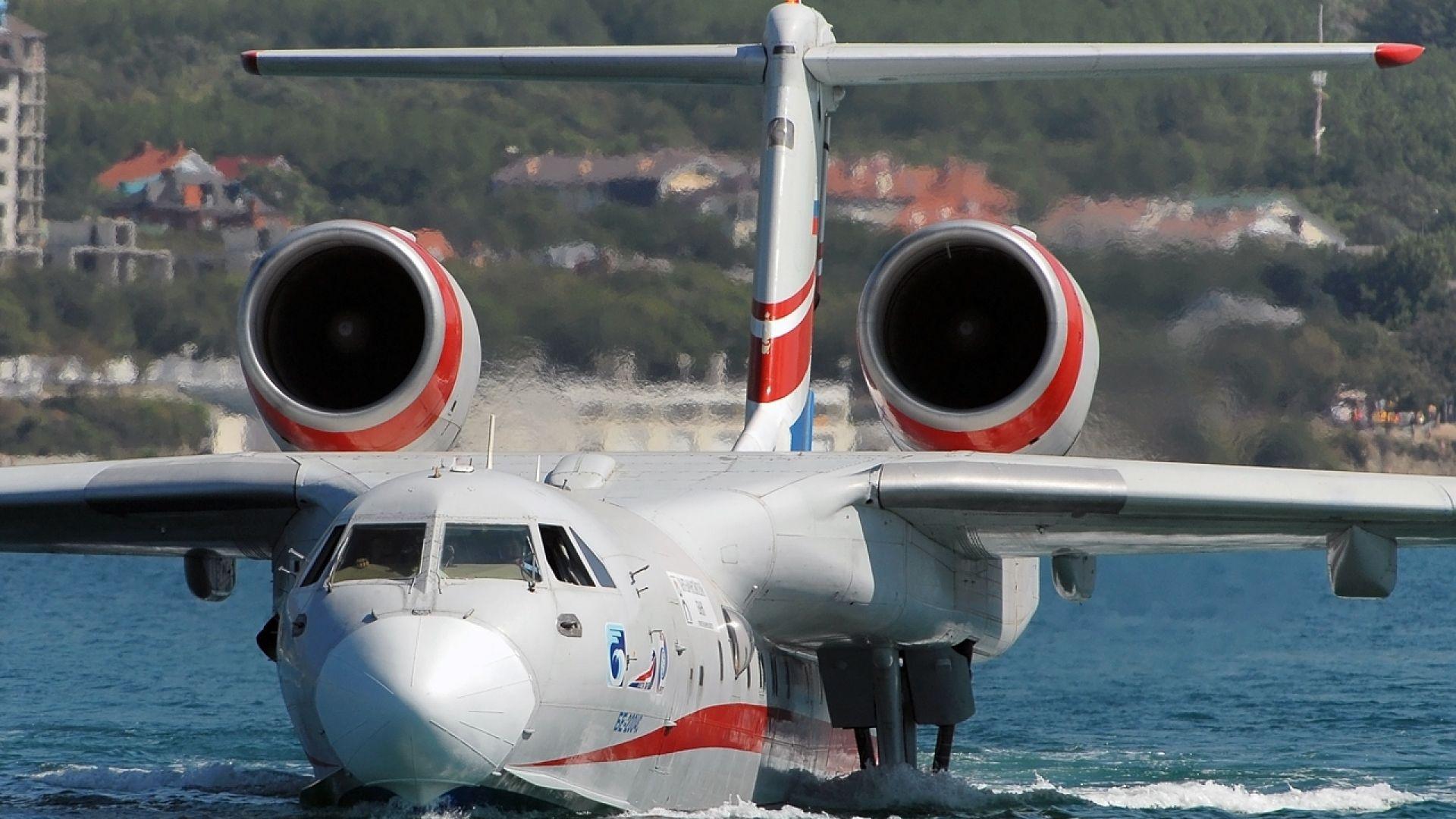 Русия получи първия самолет-амфибия Бе-200ЧС